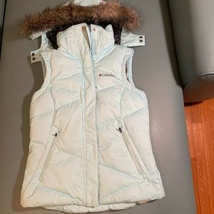 Columbia Lay 'D' hooded down vest
